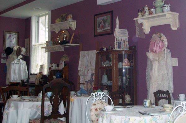 Inside Sweet Simplici-tea in Sykesville, Maryland