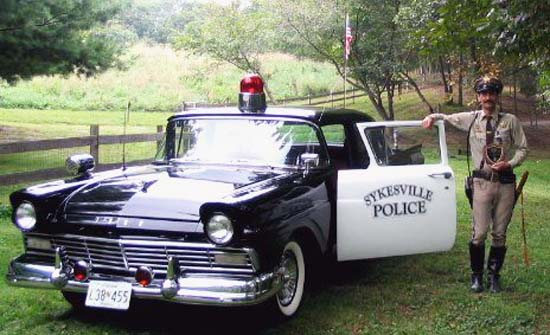Dave Lewis and 1957 Sykesville Police Car
