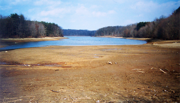 Depleted Piney Run Lake in Carroll County, MD ca. 1999 - See more at: http://sykesvilleonline.com/about-21784/188-save-the-lake-ten-years-later#sthash.4ySu6jzb.dpuf